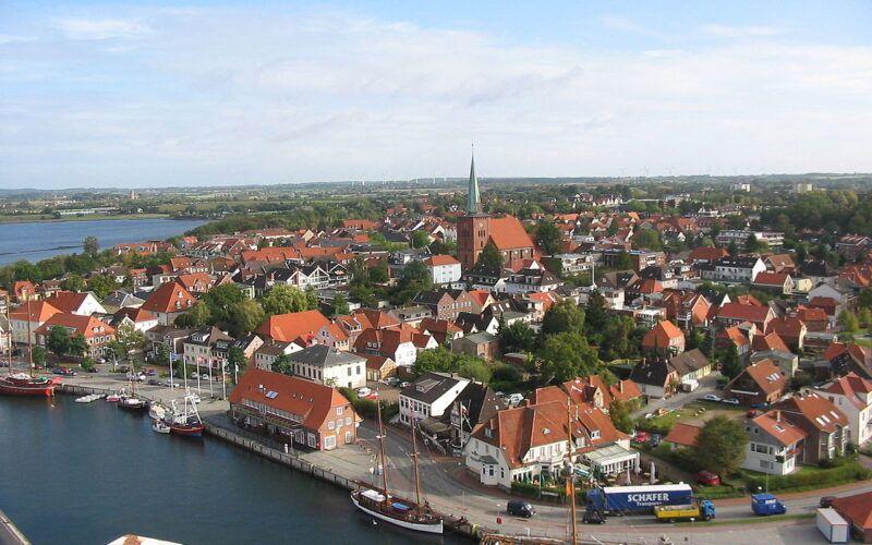 Neustadt in Holstein. Stadt der Küstenwache.